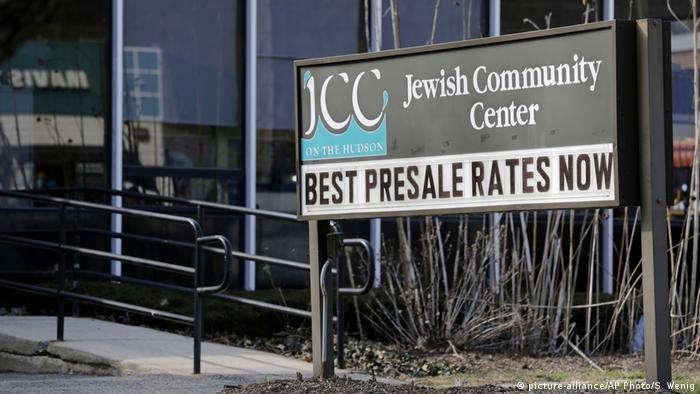 New York Tarrytown, Jewish Community Center (picture-alliance/AP Photo/S. Wenig)