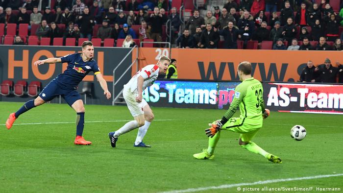 Fussball 1. Bundesliga/ FC Augsburg-RB Leipzig 2-2 (picture alliance/SvenSimon/F. Hoermann)