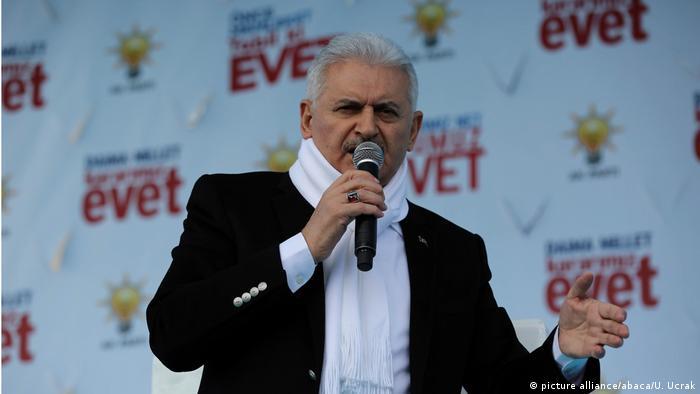 Прем'єр-міністр Туреччини Біналі Їлдирим закликав Берлін визначитися з тим, чи планує він покращувати відносини з Анкарою