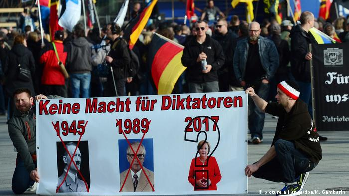 Demonstration von rechtsextremen Gruppen (picture alliance/dpa/M. Gambarini)