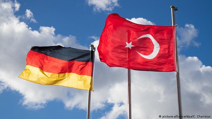 Deutschland Türkei Beziehungen (picture-alliance/dpa/C. Charisius)