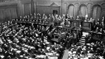 Reichtstagssitzung (Quelle: dpa)
