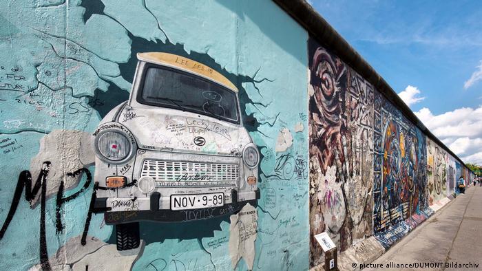 Berliner Sehenswürdigkeit East Side Gallery (picture alliance/DUMONT Bildarchiv)