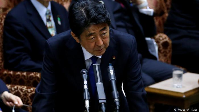 Japan Premier Shinzo Abe in Tokio (Reuters/I. Kato)