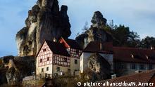 Das Fränkische-Schweiz Museum ist am 05.03.2017 in Tüchersfeld (Bayern) in der Fränkischen Schweiz in Oberfranken zu sehen. Die für seine schroffen Felsformationen und Täler bekannte Fränkische Schweiz ist bei Touristen sehr beliebt. Foto: Nicolas Armer/dpa +++(c) dpa - Bildfunk+++ | Verwendung weltweit