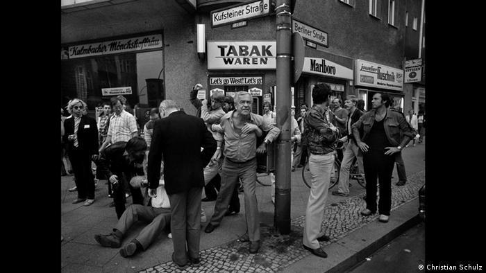 Кристиан Шульц. Граждане ругают демонстрантов (1981)