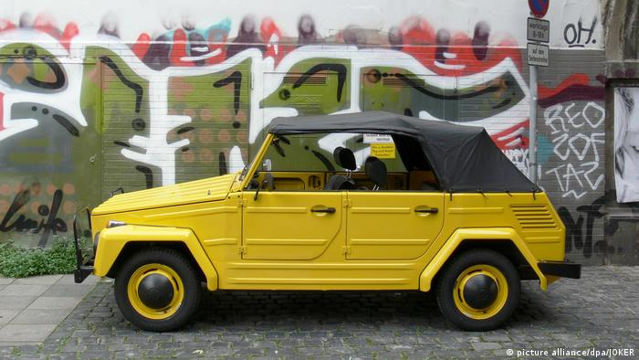 A VW Typ 181 Kurierwagen (Photo: picture alliance/dpa/JOKER)