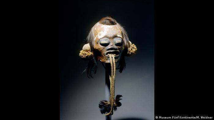 Cabeça-troféu de munduruku, trazida pelos viajantes Martius e Spix, que atualmente pertence ao Museu Cinco Continentes, em Munique