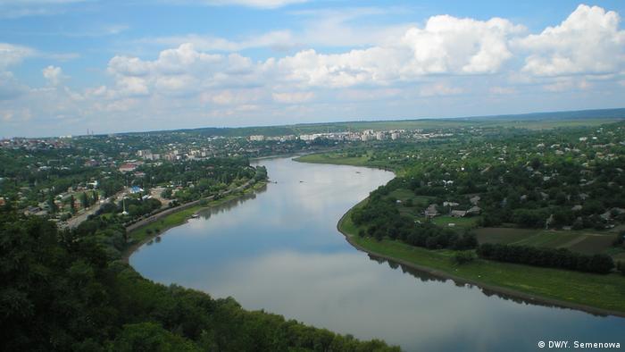 Вид на реку Днестр