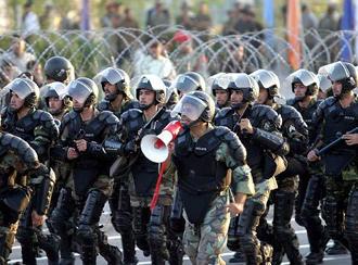 صحنهای از مانور نیروی انتظامی در تهران