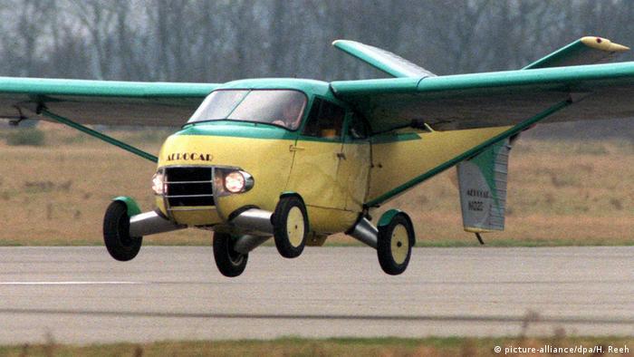 Fliegendes Auto Flugauto (picture-alliance/dpa/H. Reeh)