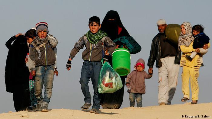Irak Kämpfe um Mossul - fliehende Bevölkerung (Reuters/S. Salem)