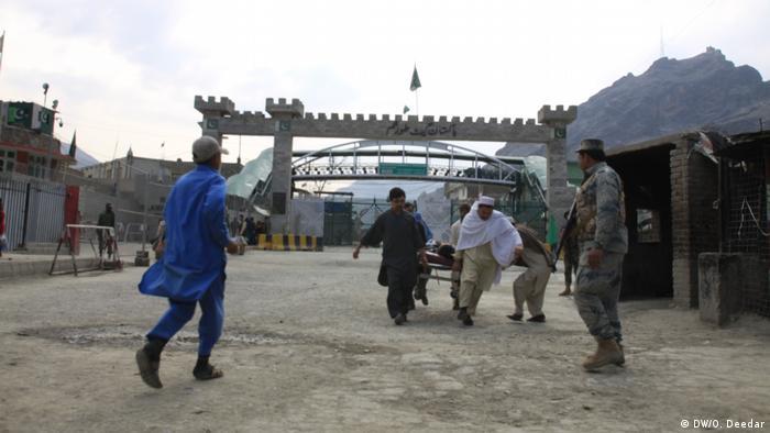 Pakistan und Afghanistan Grenzöffnung bei Torkham