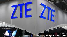 Spanien Mobile World Congress in Barcelona - Stand von ZTE