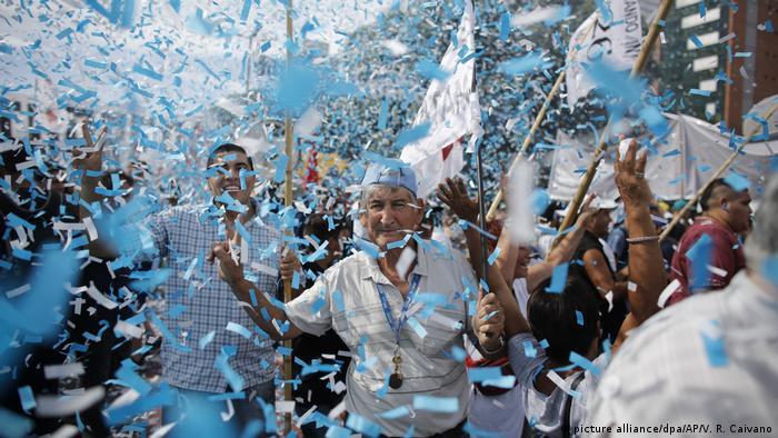Argentinien Gewerkschaften rufen zum Generalstreik auf (picture alliance/dpa/AP/V. R. Caivano)