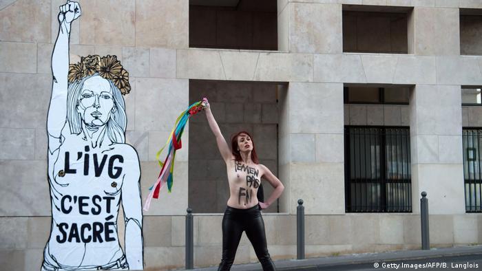 Internationaler Frauentag in Paris (Getty Images/AFP/B. Langlois)