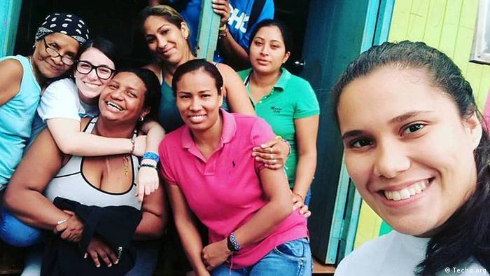 Grupo de mujeres en Panamá.