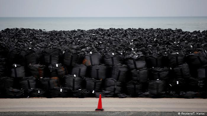 Japan Sechs jahre nach dem Reaktorunglück in Fukushima (Reuters/T. Hanai )