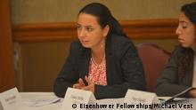Laura Stefan (Romania' 15). Photo by Michael Vest for Eisenhower Fellowships Quelle: https://www.flickr.com/photos/eisenhowerfellowships/30342863211/in/photolist-Nei76Z-BgVns3