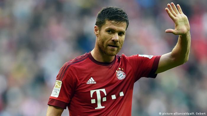 Bundesliga | Xabi Alonso vom FC Bayern München (picture-alliance/dpa/A. Gebert)