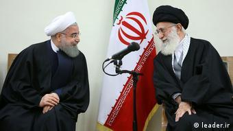 Iran Khgamenei Treffen mit Wächterrat Mitgliedern (leader.ir)