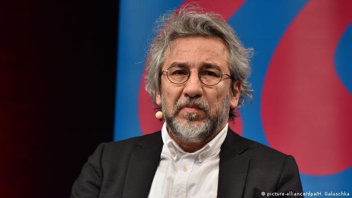Deutschland lit.Cologne Veranstaltung Verfolgung in der Türkei (picture-alliance/dpa/H. Galuschka)