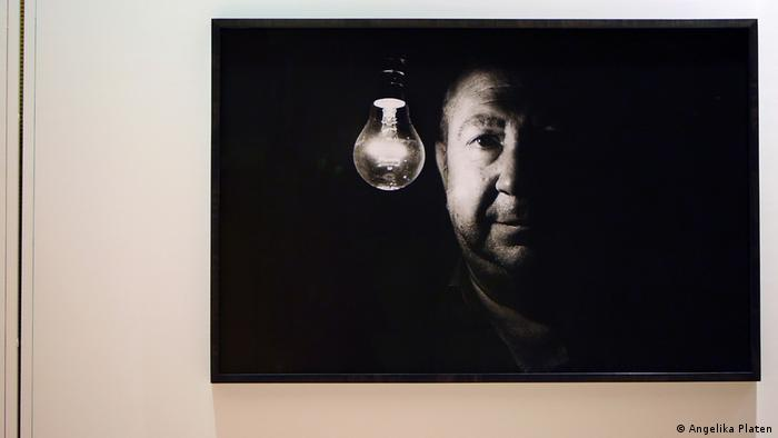 Boltanski, fotografiado por la alemana Angelika Platen