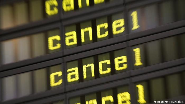 Deutschland Streik des Bodenpersonals an Berliner Flughäfen