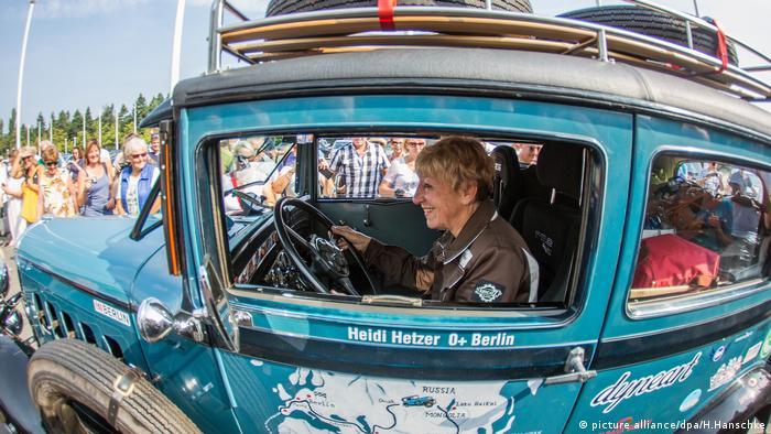 Хайди Хетцер и ее Худо в Берлине