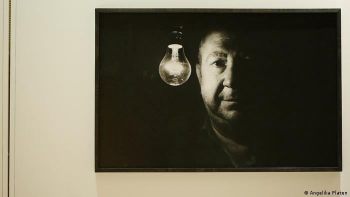 Angelika Platen portrait of Christian Boltanski (DW/H. Mund)