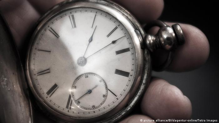 Pocket watch, Copyright: picture alliance/Bildagentur-online/Tetra Images