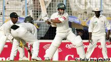 Cricket - 2005 Bangladesh v Simbabwe in Chittagong