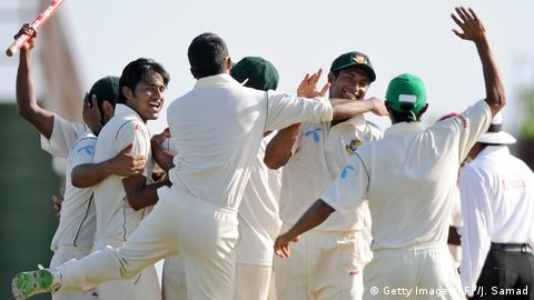 Cricket - 2009 West Indies v Bangladesh in Kingstown (Getty Images/AFP/J. Samad)