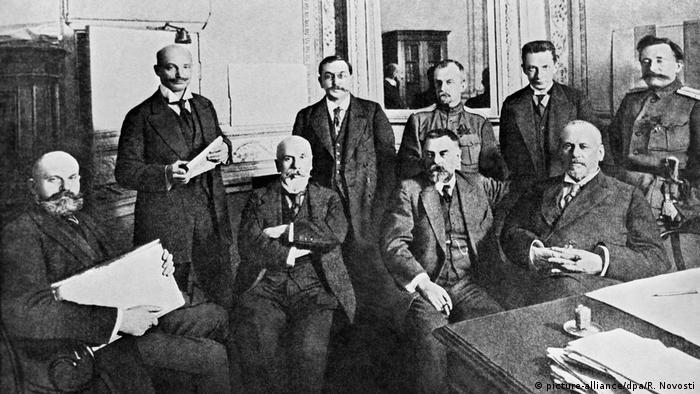Russland Revolution 1917 - Duma-Rat (picture-alliance/dpa/R. Novosti)