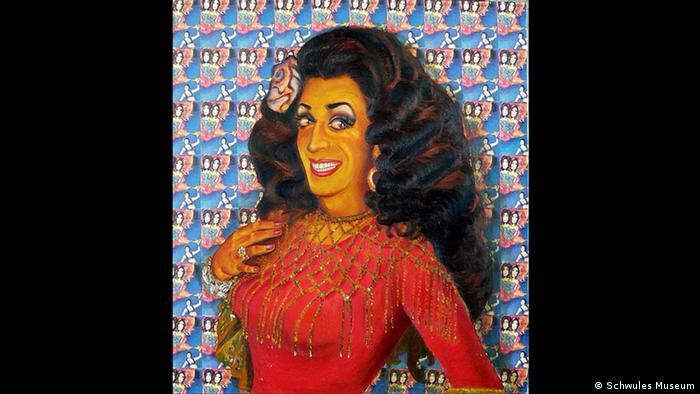 Portrait of drag performer Fatma Souad by Cihangir Gümüştürkmen (Schwules Museum)