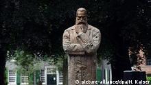 Engels Statue in Wuppertal