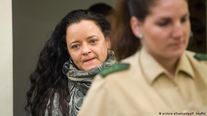 Deutschland NSU-Prozess in München | Angeklagte Beate Zschäpe (picture-alliance/dpa/P. Kneffel)