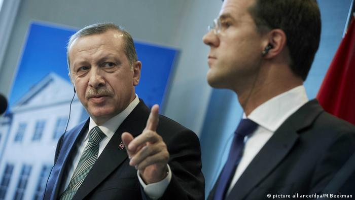Recep Tayyip Erdogan and Mark Rutte (picture alliance/dpa/M.Beekman)