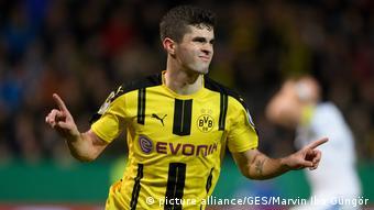 Deutschland Sportfreunde Lotte - Borussia Dortmund | Pulisic Jubel