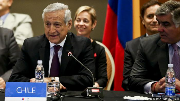 Chile TPP (picture alliance/AP Photo/E. Felix)