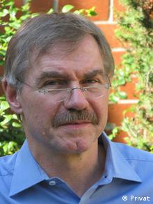 Prof. Dr. em. Manfred Hildermeier