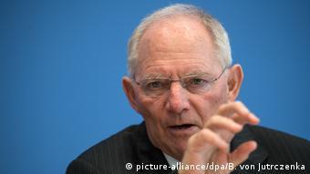 Deutschland Finanzminister Schäuble stellt Bundeshaushalt 2018 vor