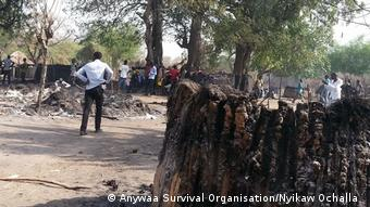 Äthiopien Pressebilder Anywaa Survival Organisation