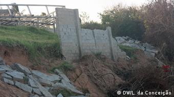 Mosambik Ein Monat nach Zyklon Dineo (DW/L. da Conceição)