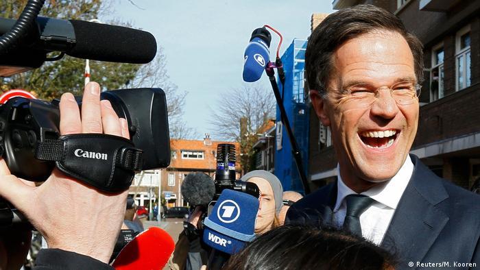 Niederlanden Wahl | Prognose: Rutte-Partei stärkste Kraft (Reuters/M. Kooren)