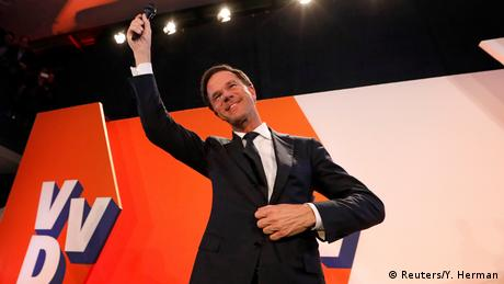 Niederlande Wahlen Mark Rutte in Den Haag (Reuters/Y. Herman)
