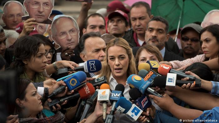 Venezuela Lilian Tintori in Caracas (picture-alliance/abaca)