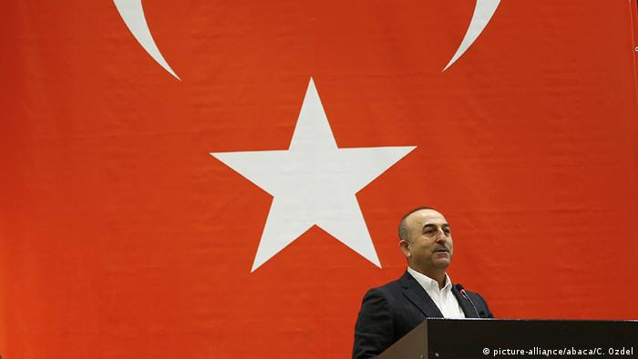 Mevlut Cavusoglu in Canakkale (picture-alliance/abaca/C. Ozdel)
