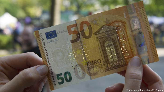 A 50-euro note