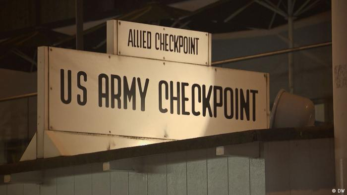Checkpoint Charlie (DW)